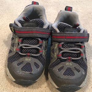 Stride Rite 6.5 GUC Sneakers